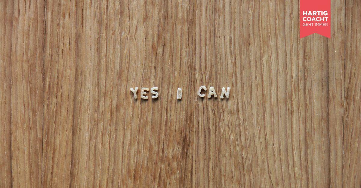 Yes I can - Schriftzug aus Buchstabennudeln auf Tischplatte - Referenzen und Kundenstimmen Karen Hartig Coaching