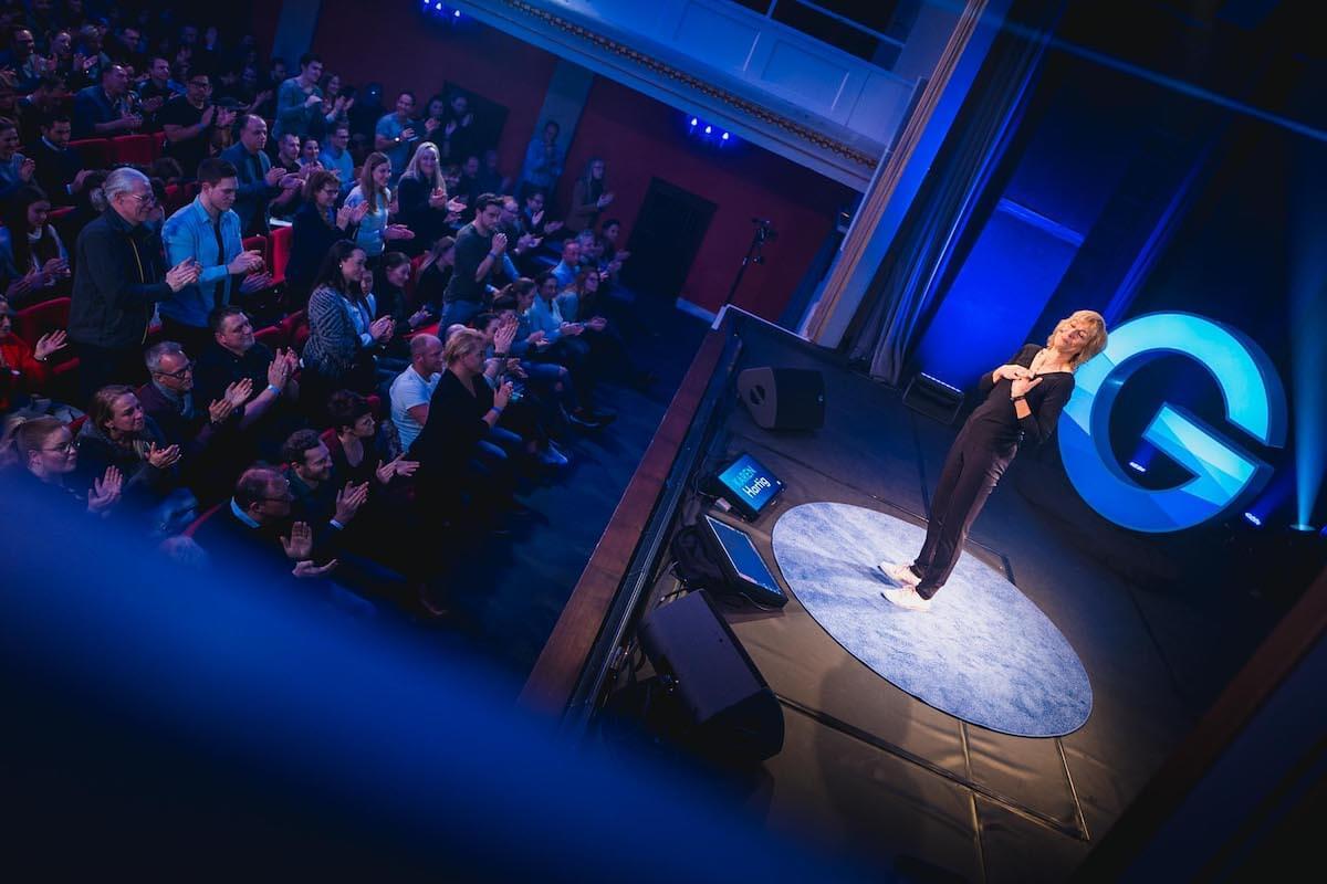 Karen Hartig, Auftritt bei Gedankentanken in der Volksbühne Köln